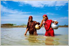 The fairies and the mermaids [..Manikganj, Bangladesh..] (Catch the dream) Tags: sky reflection water smile rural river women bongo rustic shy pots activity splash bengal bangladesh tora bangladeshi waterpots manikganj watercollection gettyimagesbangladeshq2