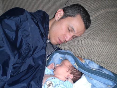 Dad son nap 12-28-08
