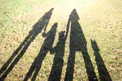 7th November - long autumn shadows (*superhoop*) Tags: me grass eli shadows walk megan abi maisie putneyheath hpad hpad2009 spottheteddycoatears hpad0711009