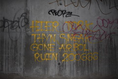 Tagged (Great Job) Tags: arbol graffiti si ruin gone v7 nct sneak hier hie voa peor tork thyn 3xk