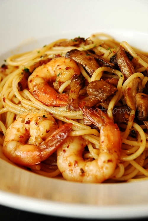 Spicy Aglio Olio With Shrimp