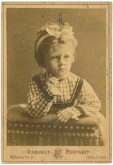 Pesti kislny - Little girl from Pest  /now Budapest/ - Kzmata mterem - Hungary (fotobarat5) Tags: portrait girl hungary cabinet budapest magyar pest hungarian littlegranny ferenc kisleny ferencz kislny kozmata kabinetkp kzmata