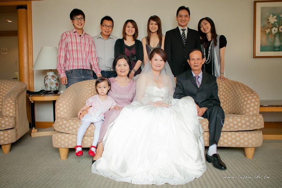 wed110507_144