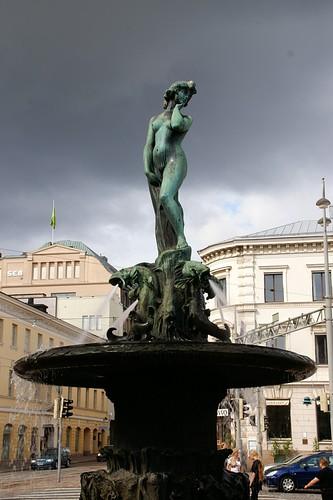 "Helsinki: Havis Amanda • <a style=""font-size:0.8em;"" href=""http://www.flickr.com/photos/26679841@N00/3812807740/"" target=""_blank"">View on Flickr</a>"