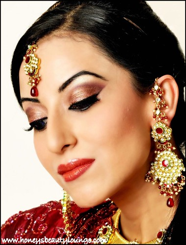 pakistani wedding makeup. hot Pakistani bridal wear pakistani wedding makeup.