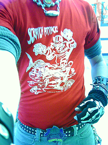 """Scratch Attack ! "" - Jake Black benefit T-shirt  ,True Red .. art by Fernando León González & Ryan Brown ii (( 2009 ))"