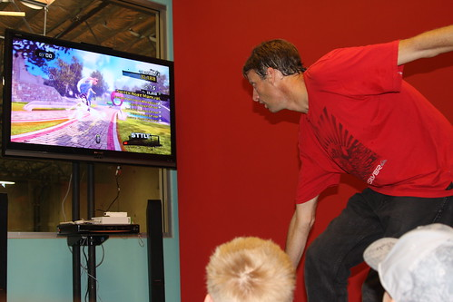 Tony Hawk playing his video game. Again... awesome!