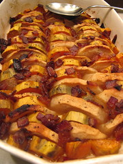 Maple-glazed sweet potatoes & apples with bacon