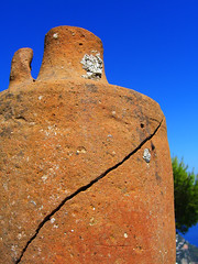 Cracked (laura.the.explorer) Tags: sky italy sculpture texture capri skies stones casio exz750 exilim amalfi casioexilimexz750