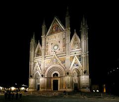 ORVIETO DUOMO 03 (evan.chakroff) Tags: evan italy panorama italia cathedral pano duomo 2009 orvieto evanchakroff chakroff evandagan