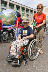 Anti-G8 Protest (15) -  21May11, Le Havre (France) (]) Tags: boy portrait woman girl smile word kid child earth femme wheelchair protest mother roulant nuclear demonstration cap terre casquette handicap anti enfant sourire manifestation garon g8 fauteuil mre lehavre handicaped antig8 nuclaire handicap fauteuilroulant