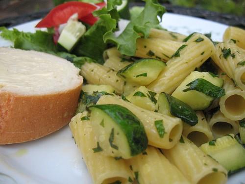 Rigatoni with Zucchini & Lemon