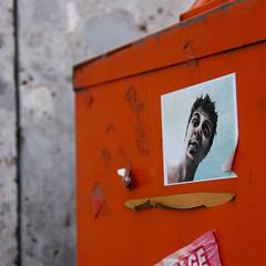 2009 - Avril - Balade seconde - Sticker face (Glu⚇n du net ⨀⊙') Tags: urban germany munich münchen bayern sticker rust tags munchen rost allemagne rouille mnchen nikond80