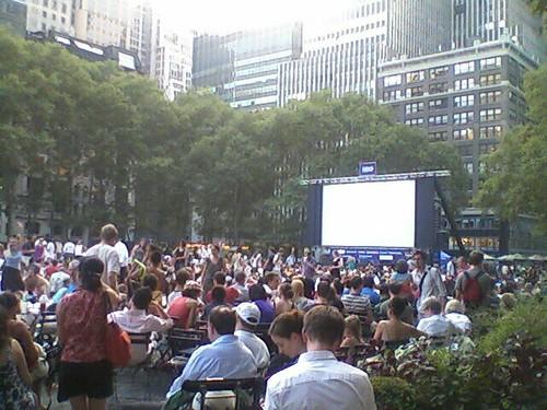 Earlier today @ Bryant Park where ppl waited for the HB0 Summer Filmfest