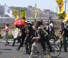 climate march w refinery cu_1259