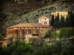 Albarracn (Luciti) Tags: espaa spain aragon teruel kadraj clck goldentreasure goldseal brilliant~eye~jewels everyissunday oheight wherewereweborn thesuperbmasterpiece luciti spiritofphotography photoshopcreativomacrosfotografa thelightpainterssociety photographersworld dragonflyawards phoenixmix ~contactgroup~ worldoftraditionhistoryarts jotbesgroup showthebest photostoread redmatrixmasterpiece thelightpainterssocietygold magicuniverse multimegashotankygov sentationalcreationsofexcellence thesupermasterpiece coloridocolorcafe browndealtura parisinitafriends shootingstarsawards monumentoshistricosylugaresdeinteresdeespaa theworldoftradition afoolstajmahal~ oltreoceanoacrosstheocean