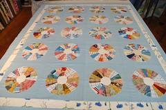 Gregory's Dresden Plate Quilt (the workroom) Tags: quilting patchwork basting dresdenplate theworkroom