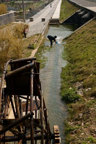 วิถีชาวบ้านริมคลองส่งน้ำ