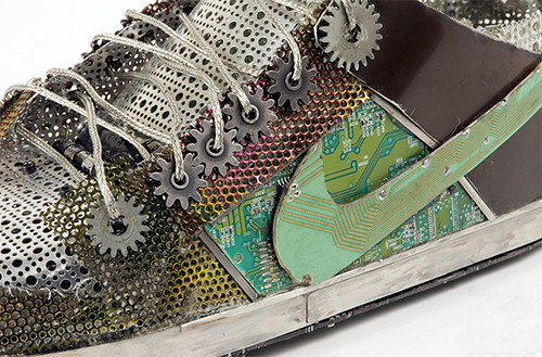 Zapatos deportivos Nike hechos con basura tecnológica