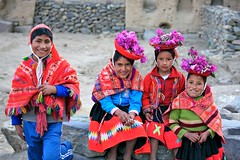 Faces of Peru (Alex E. Proimos) Tags: family flowers portrait people peru kids children dress gente natural native retrato top20travelpix proimos alexproimos