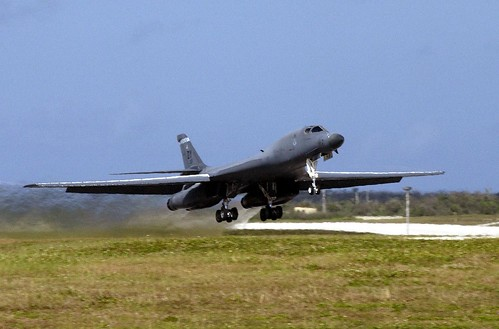 Airplane picture - B-1 Lancer