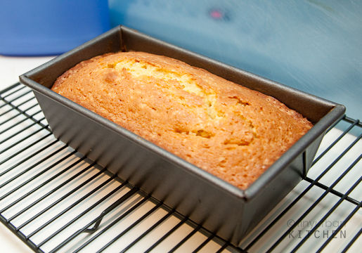 Vanilla Loaf cooling