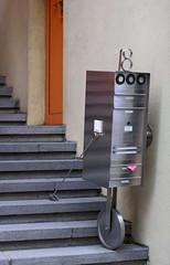 Frankfurt, Saalgasse, Briefkasten (mailbox) (HEN-Magonza) Tags: mailbox germany deutschland hessen frankfurt briefkasten hesse saalgasse
