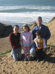 Family on Xmas AM, Fort Funston (mattrudoff) Tags: sanfrancisco fortfunston
