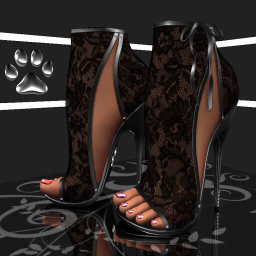 P10 Maia Heels Lace Black