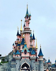 Disney toujours aussi sympa ;) (fabien.salmon) Tags: photography photo cinderella mickey bellejournee goodday holidays vacances castle chateau 80d canon princesse pictures picture disney paris