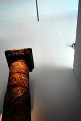 14 Centro de Visitantes Conjunto Arqueológico de Baelo-Claudia 5650 (javier1949) Tags: muro blanco luz mar andalucía arquitectura sombra paisaje museo cádiz bolonia terraza atlántico tarifa bic patios hueco océano arqueología hormigón bailo fenicio yacimiento garum salazones púnico baeloclaudia factoría biendeinteréscultural ciudadromana sitioarqueológico guillermovázquezconsuegra vázquezconsuegra baelokun municipioromano centrodevisitantesdelconjuntoarqueológicodebaeloclaudia