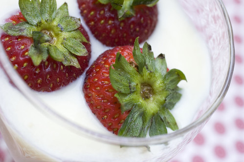 Strawberries in Fiori di Sicilia Cream