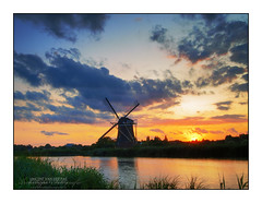 HDR Sunset @ Windmill 'Prinsenmolen', Rotterdam (Vincent_AF) Tags: sunset sky holland mill water windmill dutch zonsondergang rotterdam sundown vincent nederland thenetherlands hdr molen wieken rotte flickrphoto 3xp 1648 flickrimage flickraward flickrphotography grouptripod mirrorser vincentvanderpas archetypefotografie
