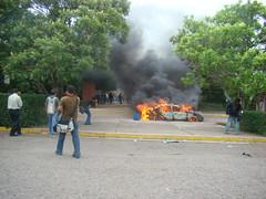 represión en la UNAH 5 de Agosto 2 por Protesta