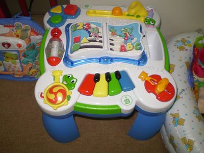 Leap Frog: Learn & Groove Musical Table - Biliingual