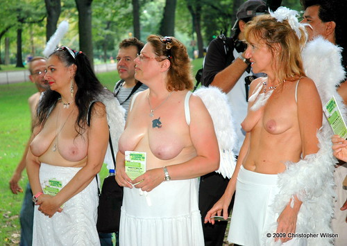 : day, city, central, circle, park, nycrollas, nudity, go, topless, columbus, breasts, new, york, public, national, 2009