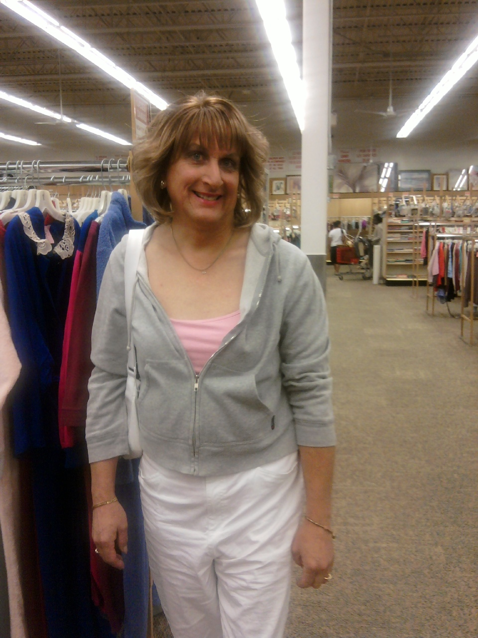 me diana in unique thrift 91109