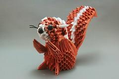 Esquilo em origami 3D