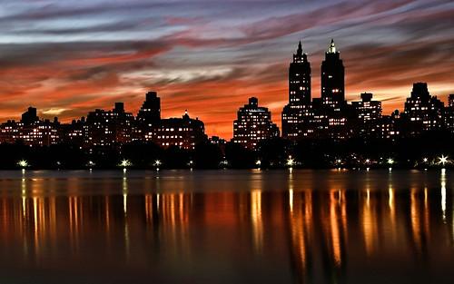 フリー画像| 人工風景| 街の風景| ビルディング| 夕日/夕焼け/夕暮れ| アメリカ風景| ニューヨーク|     フリー素材|