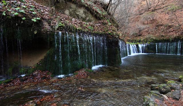 Waterfall / 白糸の滝(しらいとのたき)
