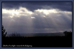 Shafts of sunlight towards the Ridgeway (Jac of Cards) Tags: clouds evening oxon faringdon theridgeway shaftsofsunlight