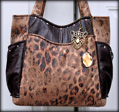 Anya Handbag (janinebroscious) Tags: thread nikon pattern handmade sewing purse cheetah handbag microsuede nikond90