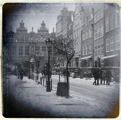 (~Liliana) Tags: winter bw snow cold texture poland retro zima danzig nieg gdask
