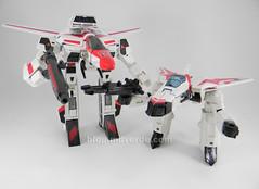 Transformers Jetfire G1 - modo gerwalk vs Classic