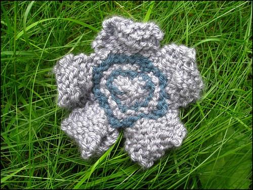 pop art flower brooch