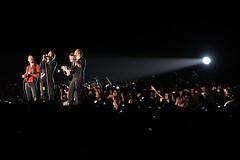 Coldplay (Kevin Baldes) Tags: england london u2 coldplay pop travis radiohead popmusic concertphotography chrismartin jeffbuckley gwynethpaltrow alternativemusic willchampion guyberryman alternativerock jonnybuckland concertshots concertphotographs vivalavidatour kevinbaldesconcertshots