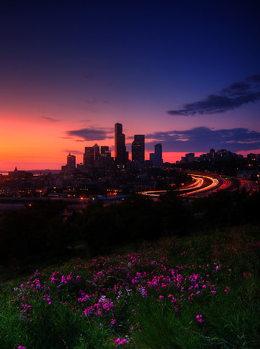 Stunning photo from Jose Rizal Park, by Justin Kraemer.