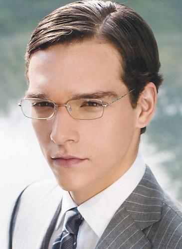 Glasses051_Alexandre Cunha_UOMO40_2008_07separate volume
