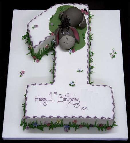 002648 Figure One Medium Size with Eyore Birthday Cake