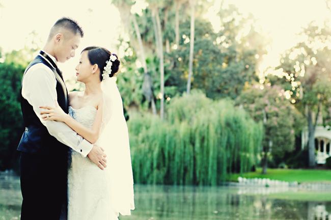 arboretum engagement photo